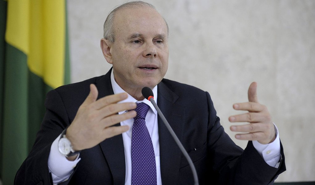 Brasilia - Entrevista coletiva Ministro da fazenda Guido Mantega no Palacio do Planalto