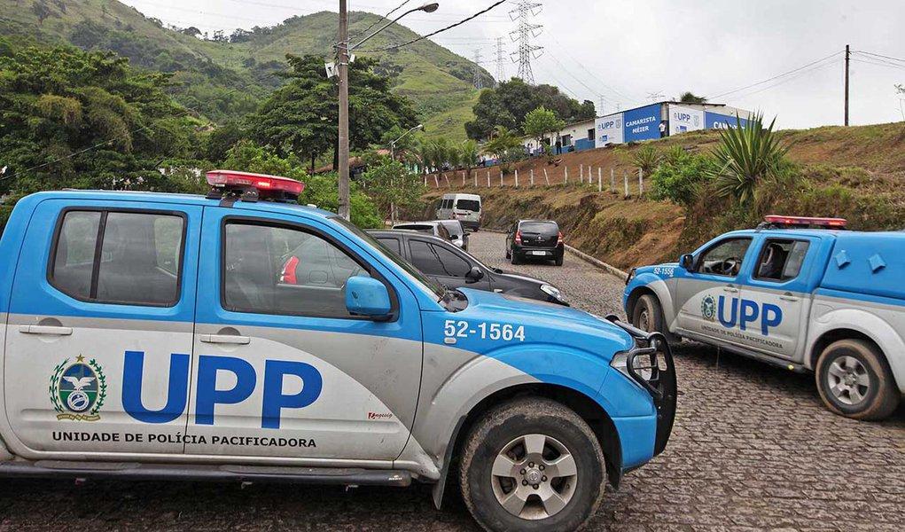 02/12/2013 - Instalação das Unidades de Polícia Pacificadora do Lins e Camarista Méier. Foto Marcelo Horn
