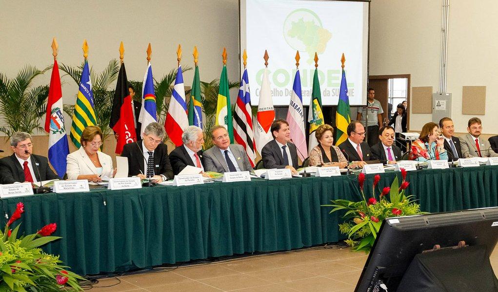 Fortaleza - CE, 02/03/2013. Presidenta Dilma Rousseff durante 17ª Reunião Ordinária do Conselho Deliberativo da Superintendência de Desenvolvimento do Nordeste (SUDENE). Foto: Roberto Stuckert Filho/PR