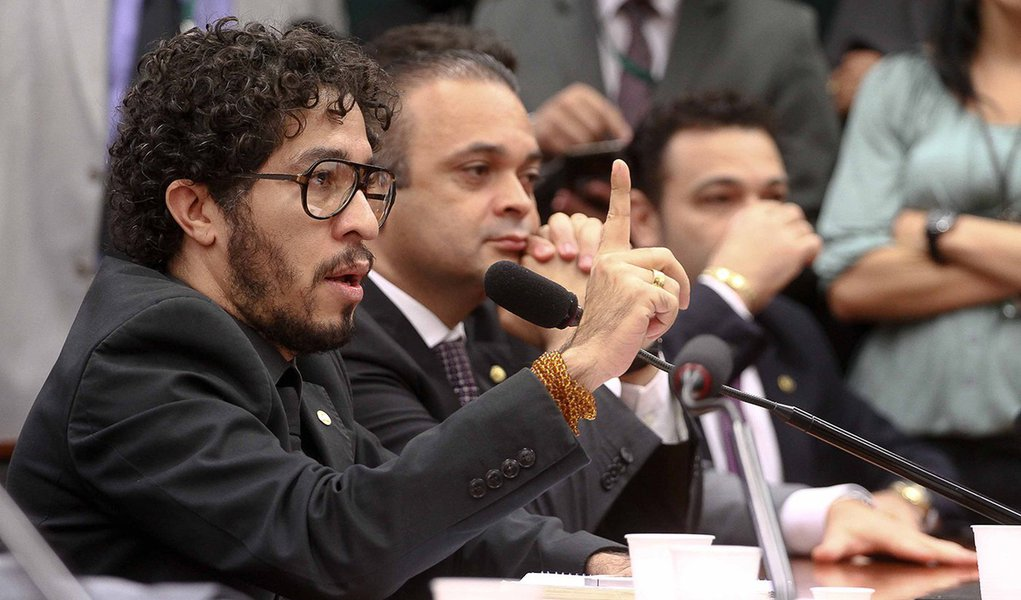 Caso Feliciano: Wyllys critica PSC por radicalização