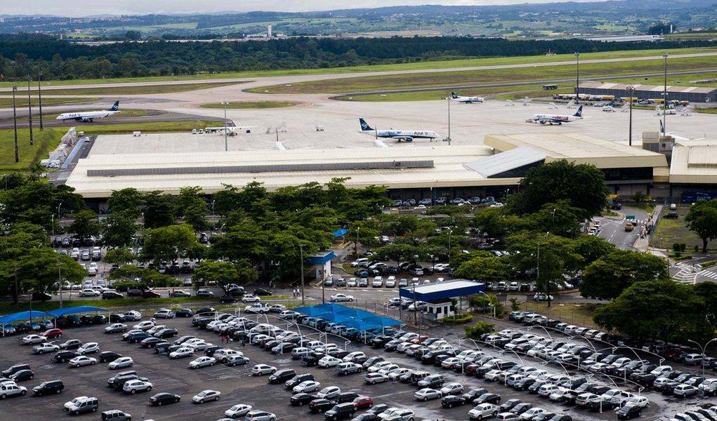 CAMPINAS, SP, BRASIL, 04-01-2011 09h52: Aeroporto Viracopos em Campinas. Após decisão do governo, o aeroporto será privatizado e sofrerá reformas.( Foto: Alessandro Shinoda/Folhapress, MERCADO ) ***EXCLUSIVO FOLHA***