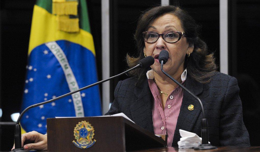 Senadora Lídice da Mata aclama Campos para 2014