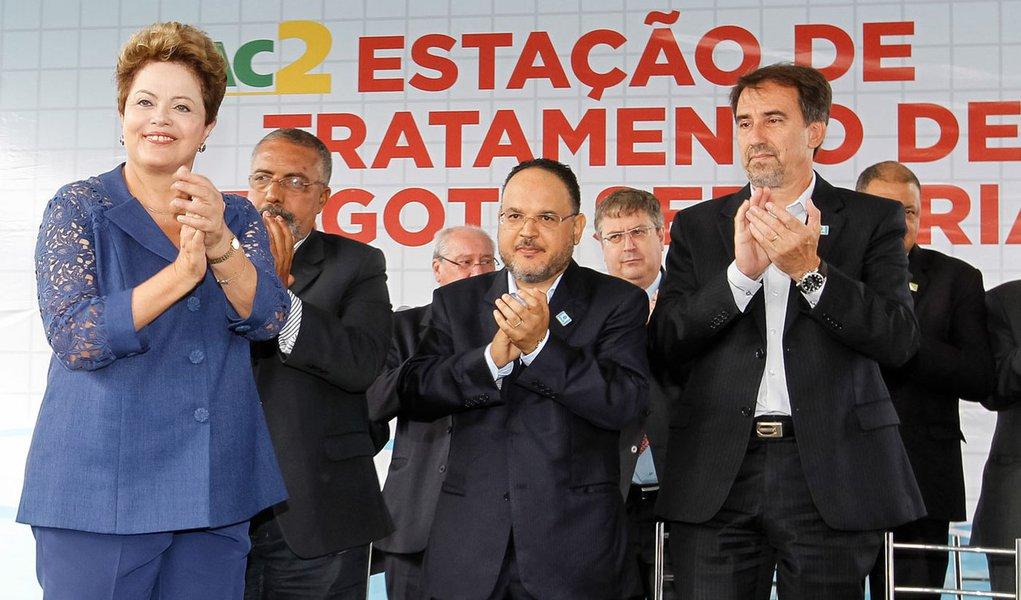 Porto Alegre - RS, 11/04/2014. Presidenta Dilma Rousseff durante cerimônia de inauguração do sistema de esgotamento sanitário da Ponta da Cadeia. Foto: Roberto Stuckert Filho/PR