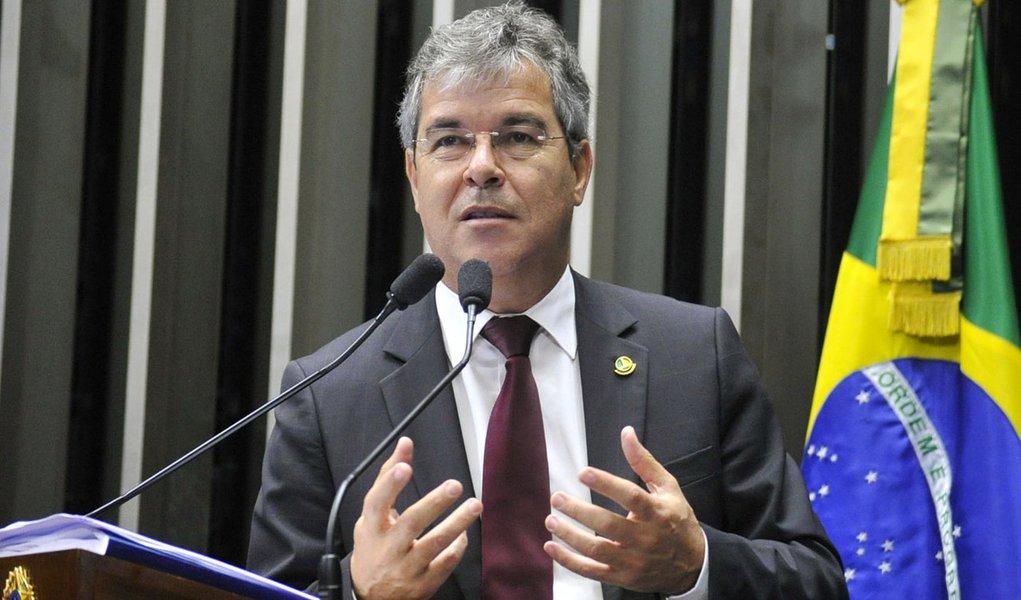 Senador Jorge Viana (PT-AC) elogia voto de quatro ministros do Supremo Tribunal Federal (STF) favoráveis ao fim das doações de pessoas jurídicas a campanhas eleitorais