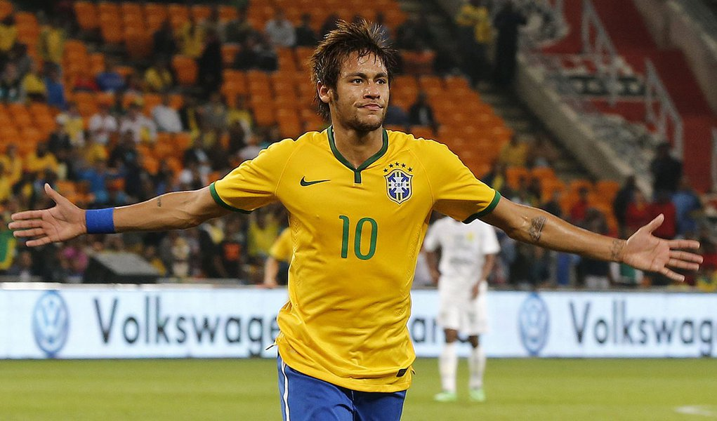 Brazil's Neymar celebrates his goal against South Africa during their international friendly soccer match at the First National Bank (FNB) Stadium, also known as Soccer City, in Johannesburg March 5 2014. REUTERS/Siphiwe Sibeko (SOUTH AFRICA - Tags: SPORT