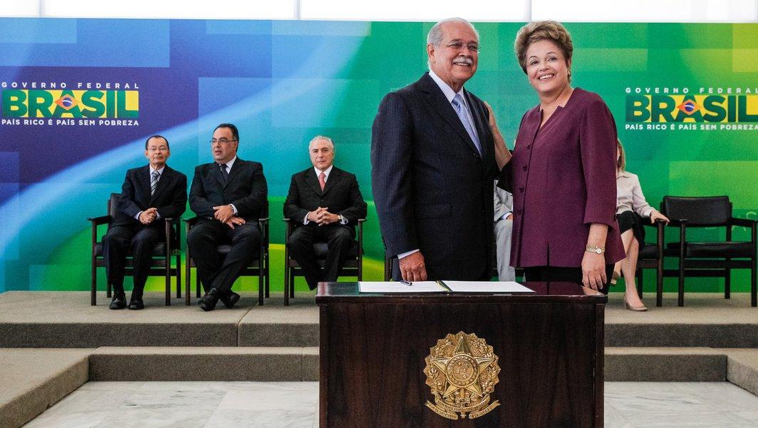 Brasília - DF, 03/04/2013. Presidenta Dilma Rousseff durante cerimônia de posse do Ministro de Estado dos Transportes,César Borges. Foto: Roberto Stuckert Filho/PR.
