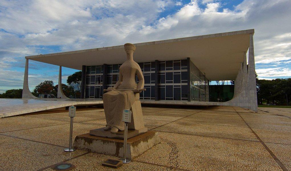 Brasilia, DF. 28/07/11. Presidente Celso Peluso em audiencia com  Governador do Amazonas,  no Supremo Tribunal Federal. Foto: Dorivan Marinho
