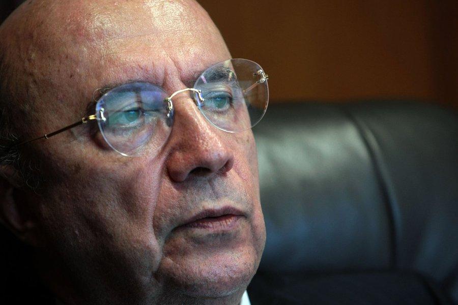 PINT0918 S�O PAULO 08/02/2010 ECONOMIA EXCLUSIVO Presidente do Banco Central Henrique Meirelles durante entrevista FOTO PAULO PINTO/AE