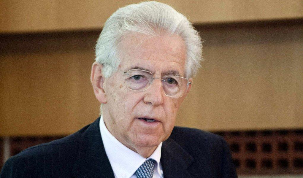 Pressionada, Itália promete reduzir déficit