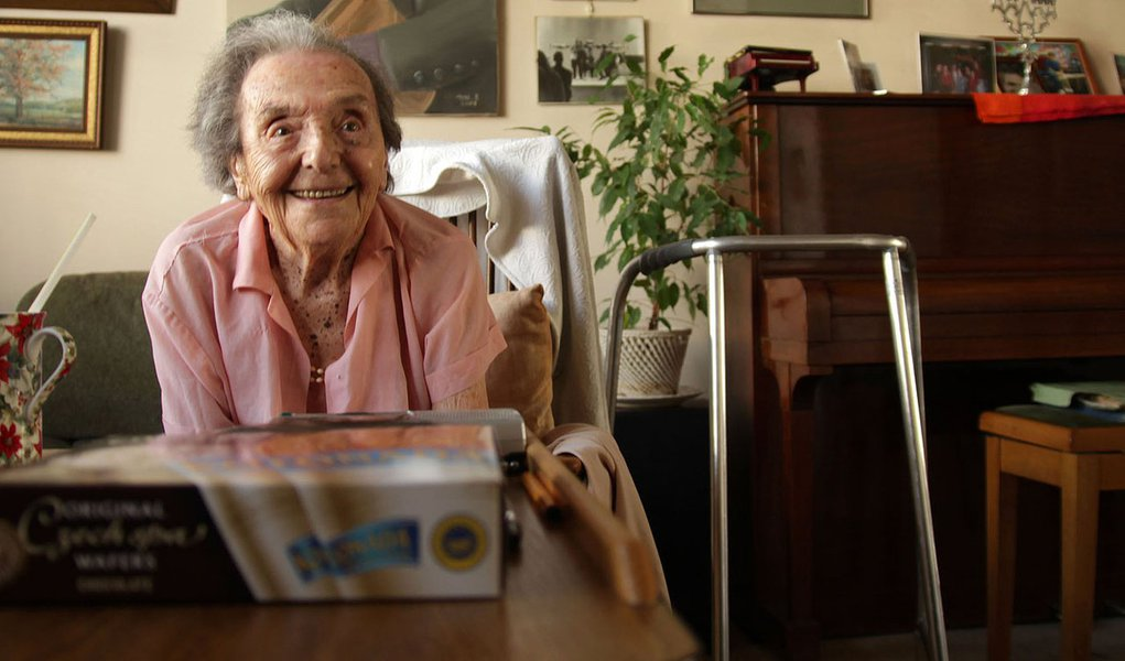 RETRANSMITS TO ADD CREDIT IN SIGNOFF - Photo dated July 2010 made available by the makers of the Oscar nominated documentary The Lady in Number 6, in which she tells her story, of Alice Herz-Sommer, believed to be the oldest-known survivor of the Holocaus