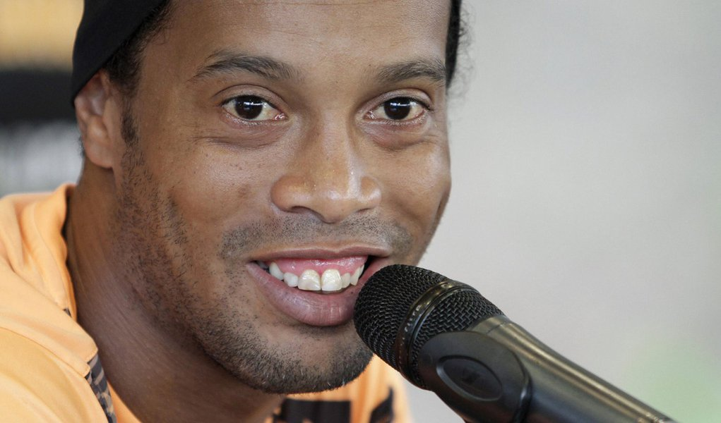 Ronaldinho of Brazil's Atletico Mineiro speaks during a news conference after a team training at their headquarters in Belo Horizonte city July 23, 2013. Atletico Mineiro will face Paraguay's Olimpia on July 24 for the Copa Libertadores second leg final s
