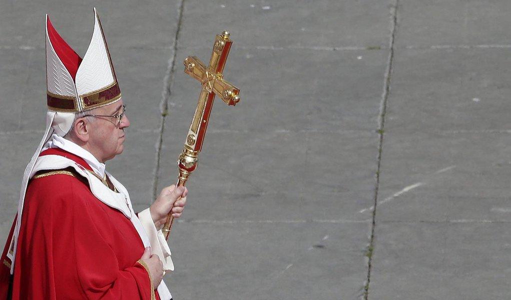 Papa confirma vinda em julho ao Brasil