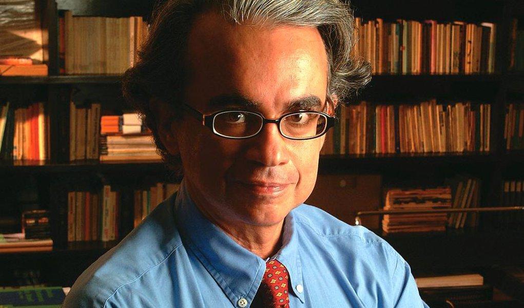 Marcos Coimbra acusa Datafolha de manipular pesquisa