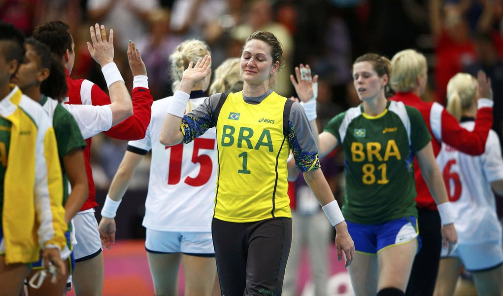 Brasil perde para Noruega no handebol e está fora de Londres