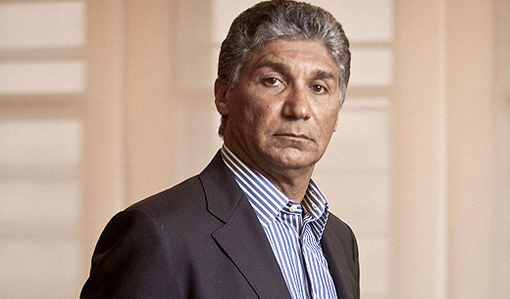 Um recado mafioso de Paulo Preto para Serra