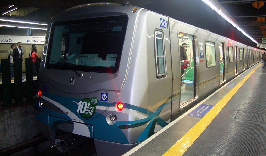 Concurso escolhe arte para decorar vagão do metrô