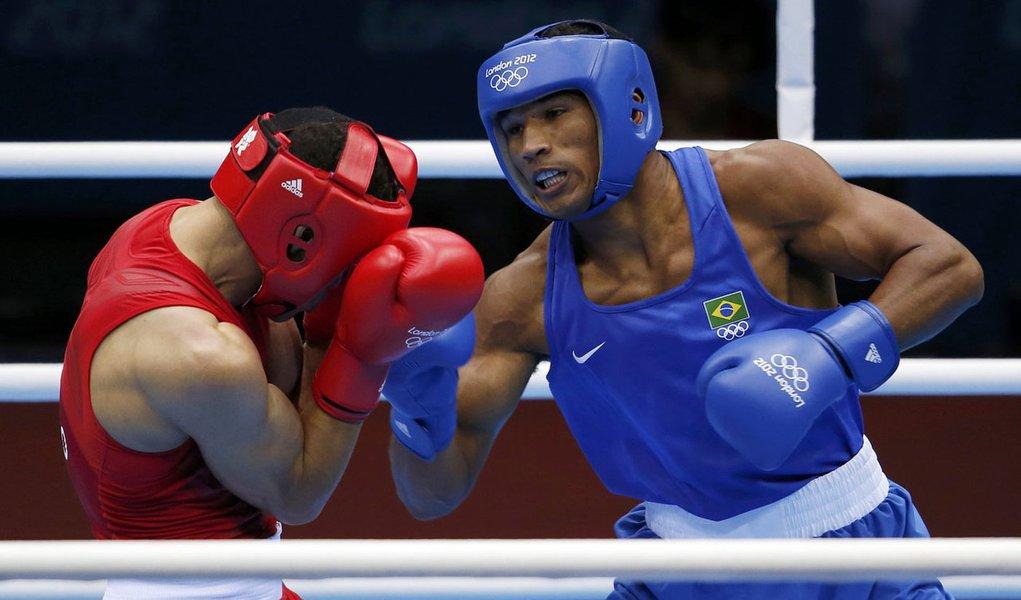 Esquiva Falcão leva Brasil a final olímpica inédita no Boxe