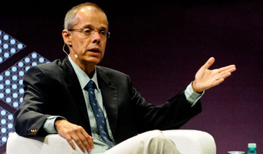 Petrobras não vai se tornar empresa do pré-sal, diz diretor