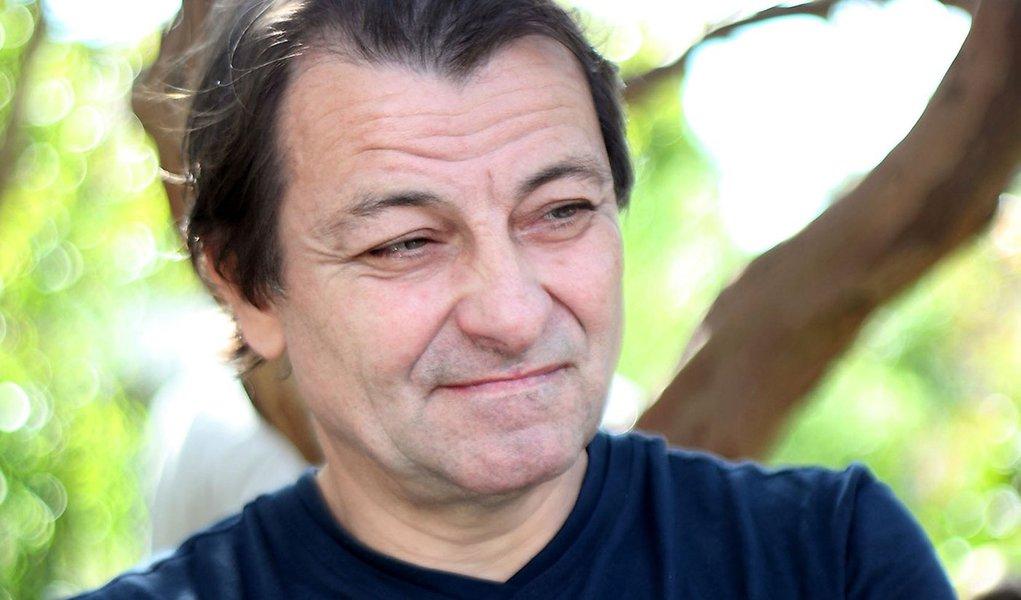 Juiz manda PF informar onde está Cesare Battisti