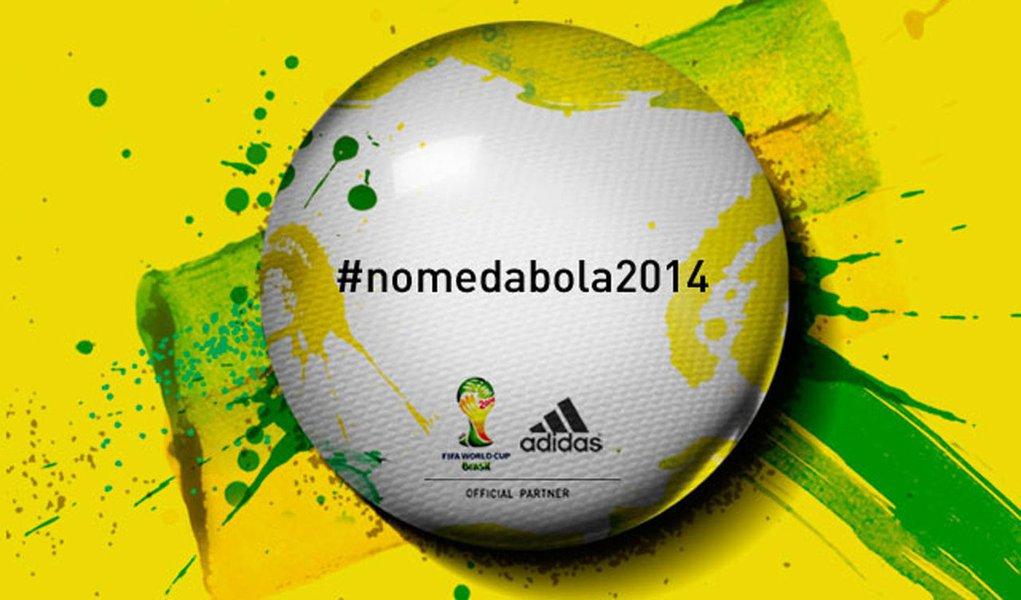 Campanha da Adidas para nome da bola irrita internautas