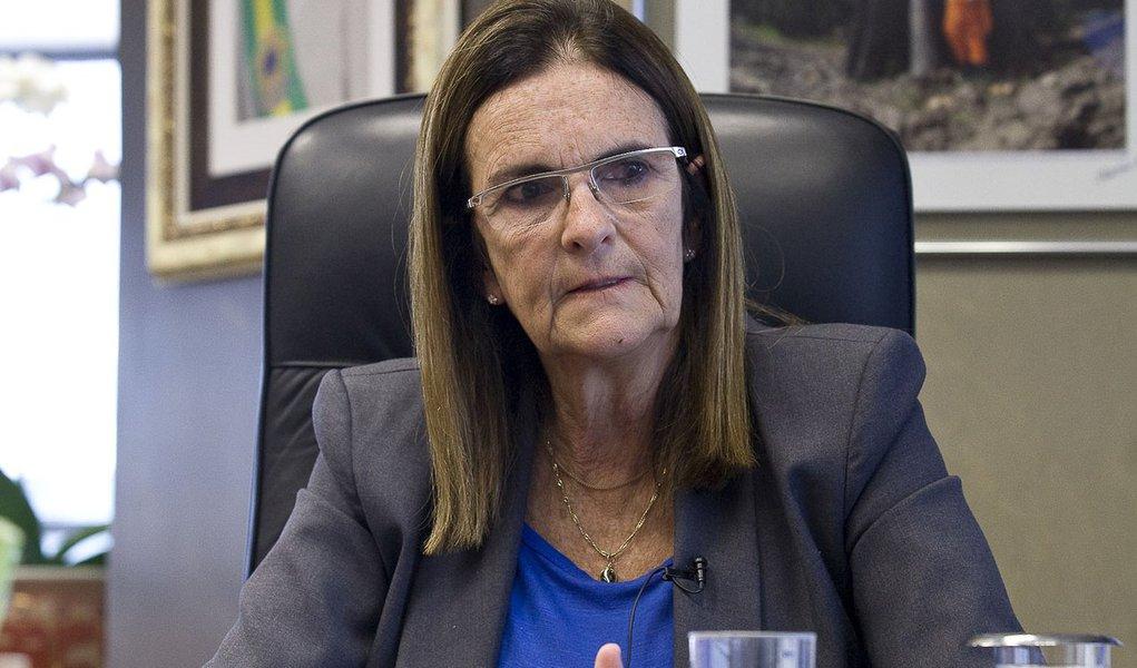 Graça Foster: não há negociação para reajustar combustíveis