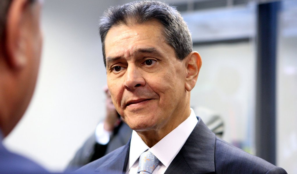 Roberto Jefferson é internado no Hospital Samaritano, no Rio