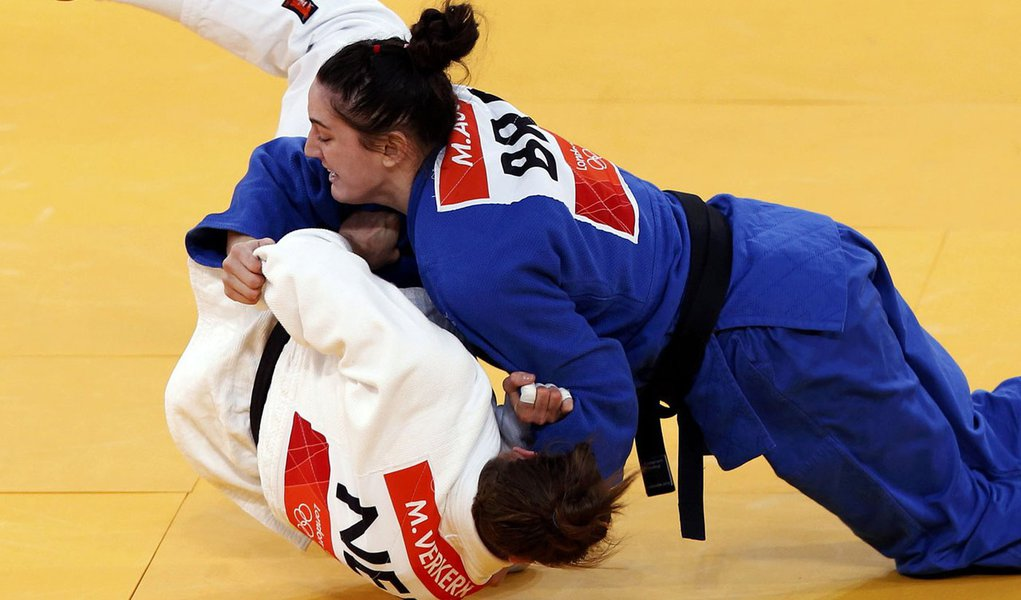 Mayra Aguiar leva medalha de bronze no judô