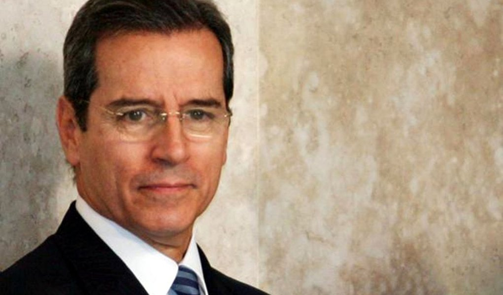 Condenado, Luiz Estevão vai pagar R$ 468 milhões