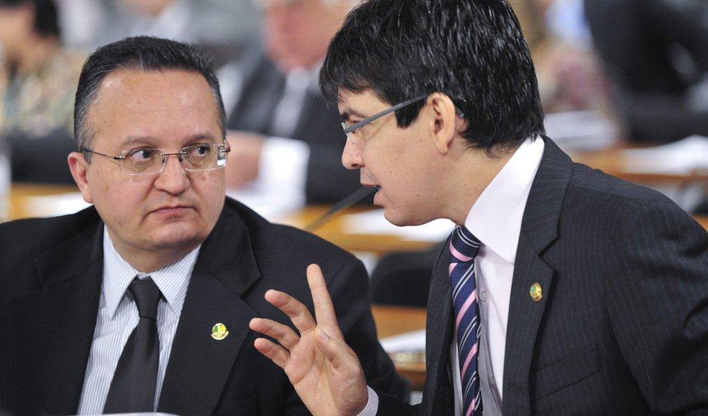 Parlamentares da CPI do Cachoeira querem Delta no foco