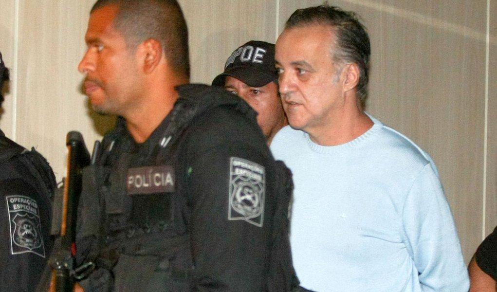 Grampos revelam que Cachoeira comandou sequestro