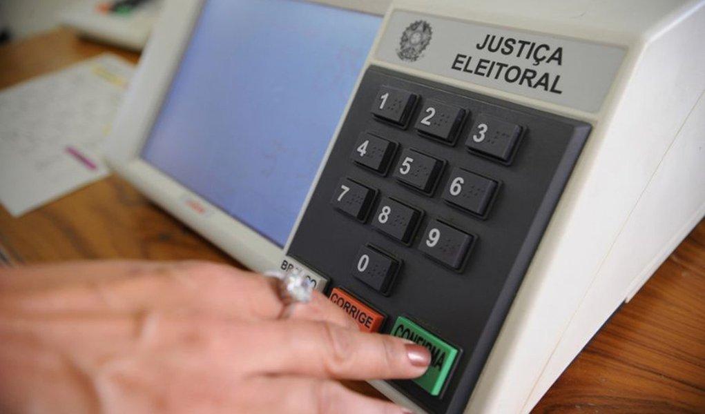 Candidatos vão verificar informação que aparecerão na urna eletrônica