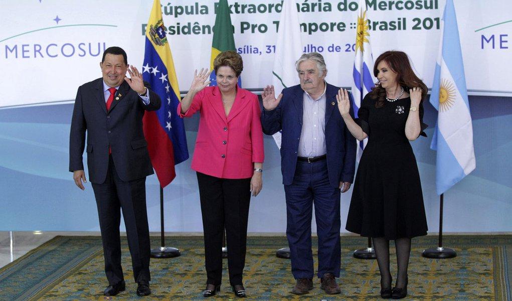 Líderes do Mercosul se reúnem para selar ingresso da Venezuela
