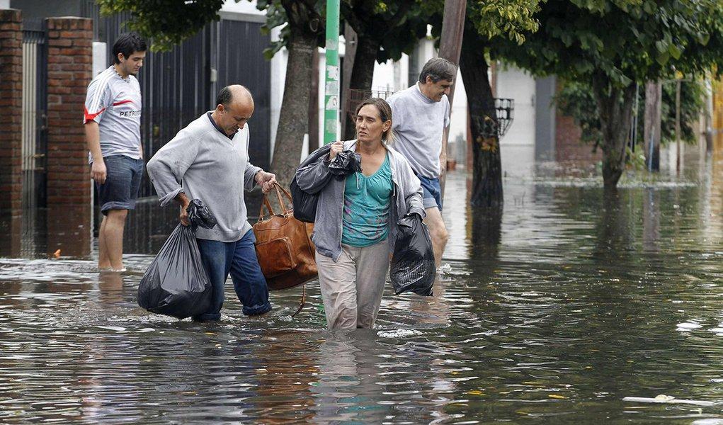 Chuva provoca 57 mortes na Argentina