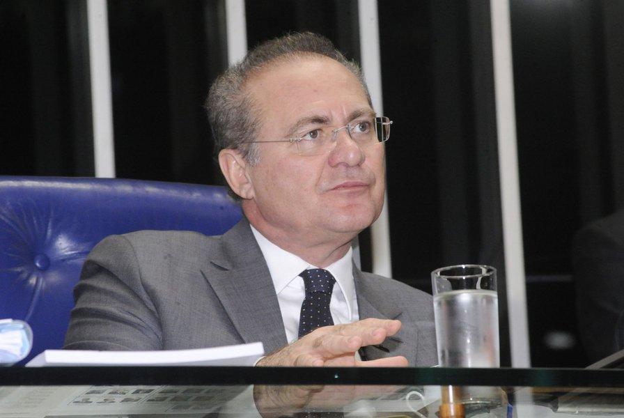 Presidente da sessão, senador Renan Calheiros (PMDB-AL)