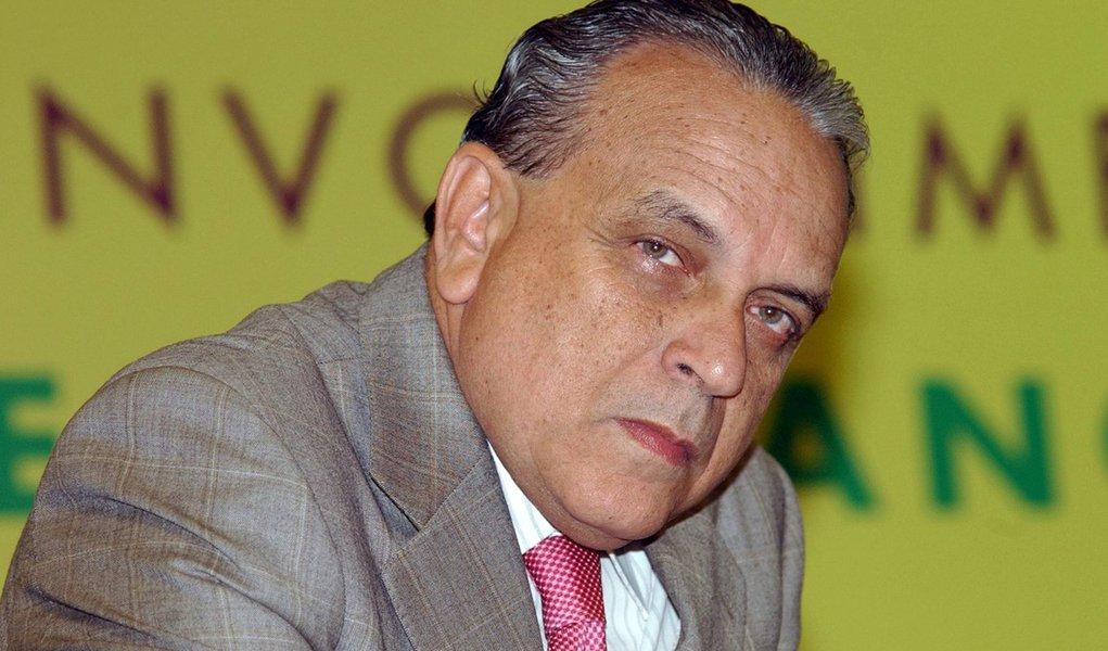 Sérgio Guerra sobe o tom da disputa em BH