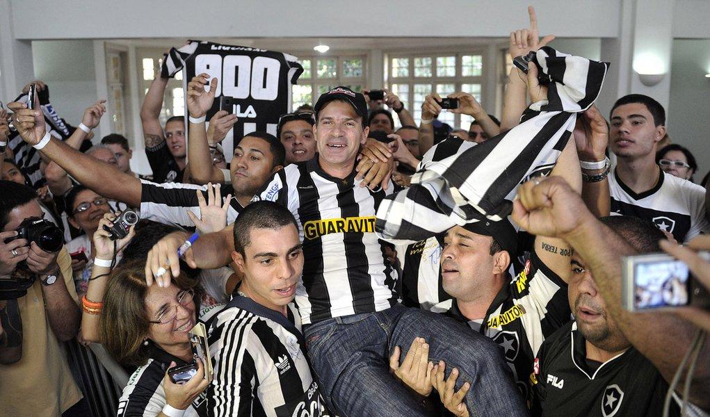 Túlio volta ao Botafogo para marcar o milésimo gol