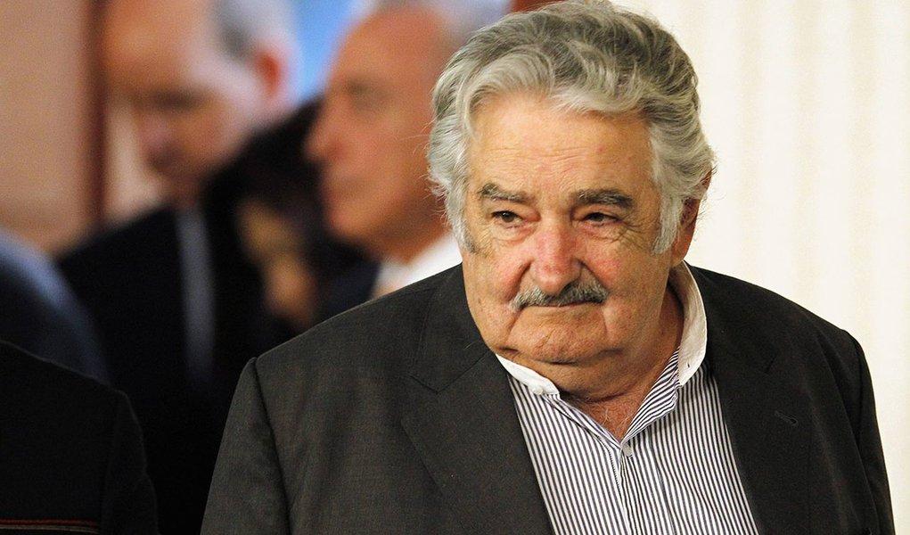 """Mujica pede """"socorro"""" ao saber que Trump foi eleito"""