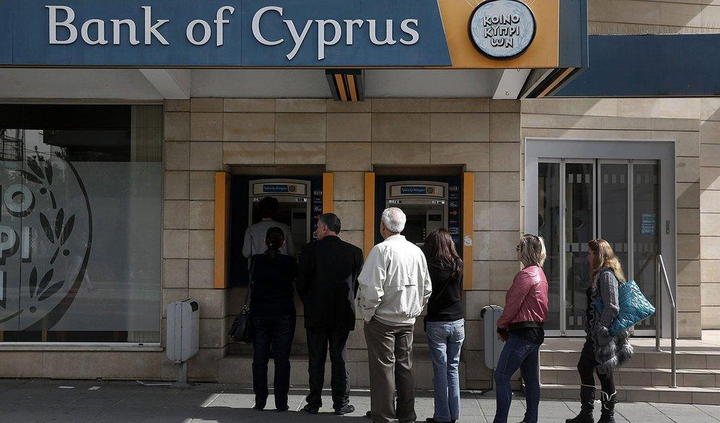 BCE dá ultimato ao Chipre sobre resgate