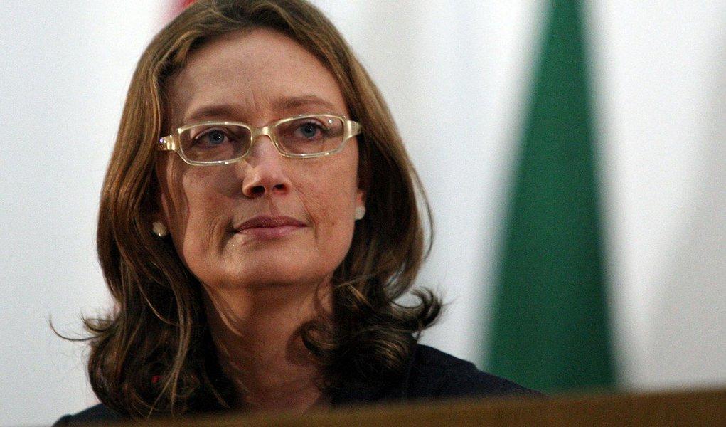 Deputados tentam derrubar 'decreto da morte' de Bolsonaro