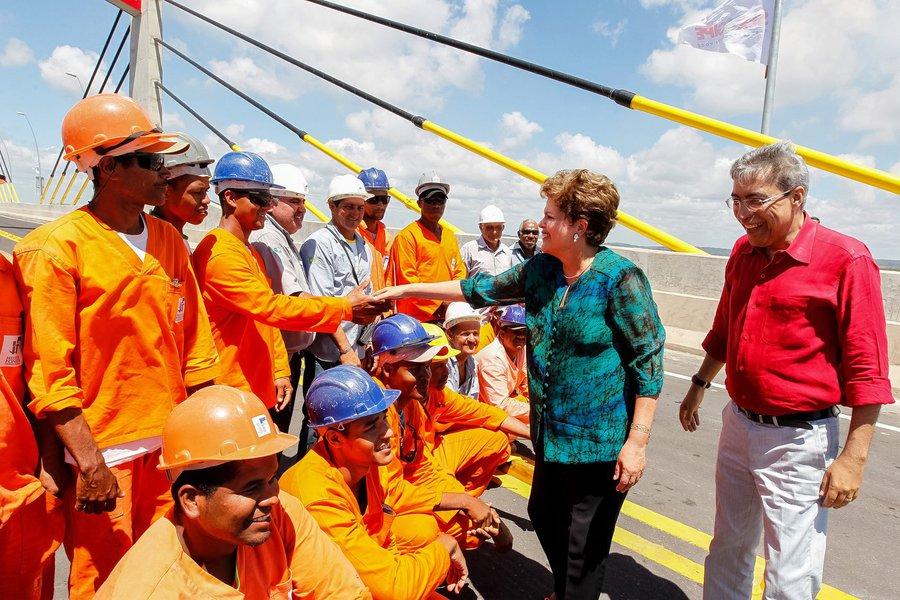 Em Sergipe, Dilma ressalta R$ 66,8 bi para Prefeituras