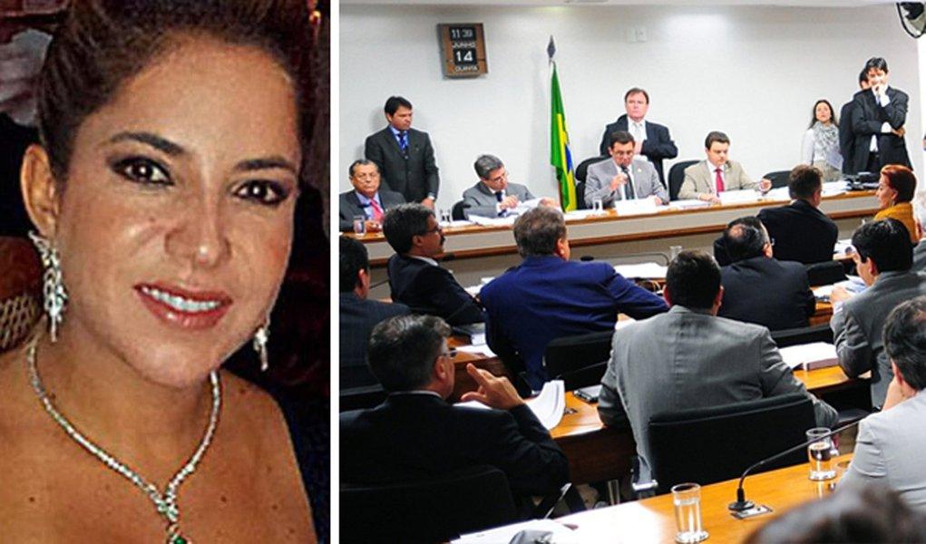 Ex-mulher de Cachoeira fala em sessão secreta