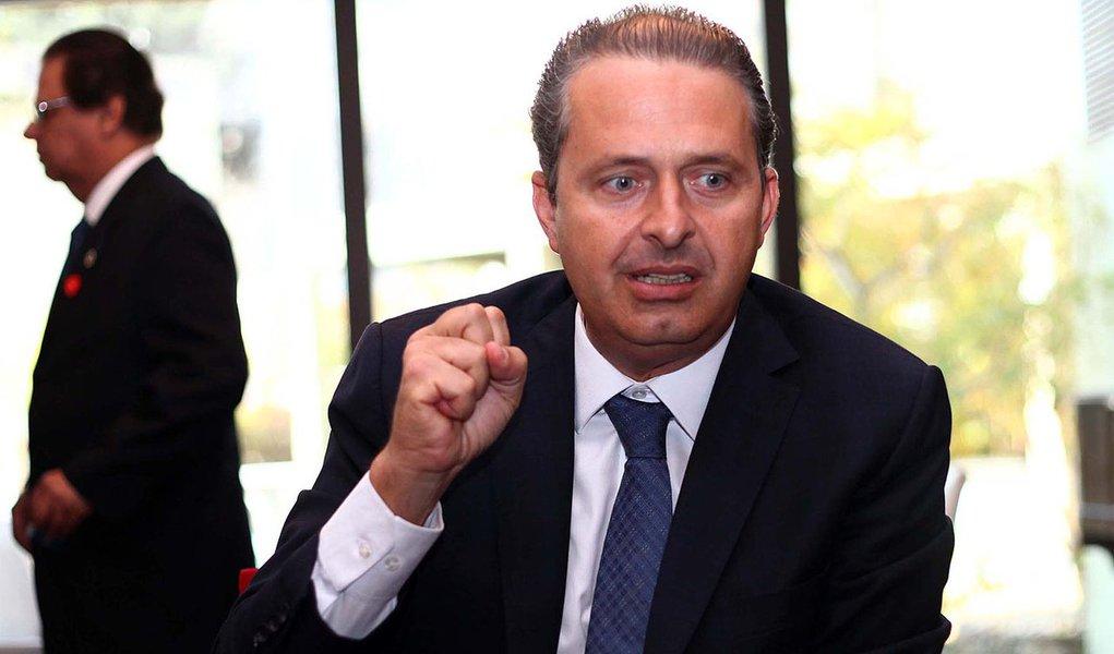 SÃO PAULO,SP,22.08.2013:EDUARDO CAMPOS/SECOVI - O governador de Pernambuco, Eduardo Campos participa de almoço com empresários na sede do Secovi SP, o maior sindicato do mercado imobiliário da América Latina, em São Paulo (SP), nesta quinta-feira (22). Ca