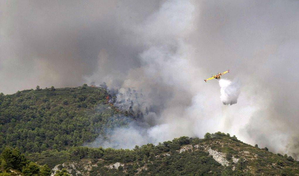 Incêndios na Espanha deixam dois mortos