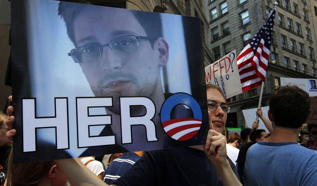 Rússia ainda não recebeu pedido de asilo de Snowden