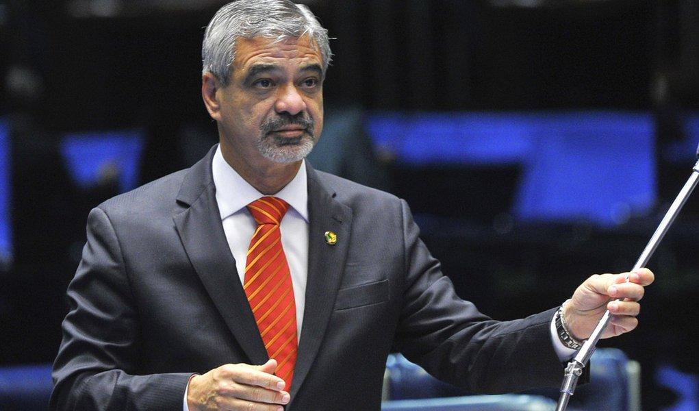 """Humberto: """"alteração da meta fiscal não fera a LRF"""""""