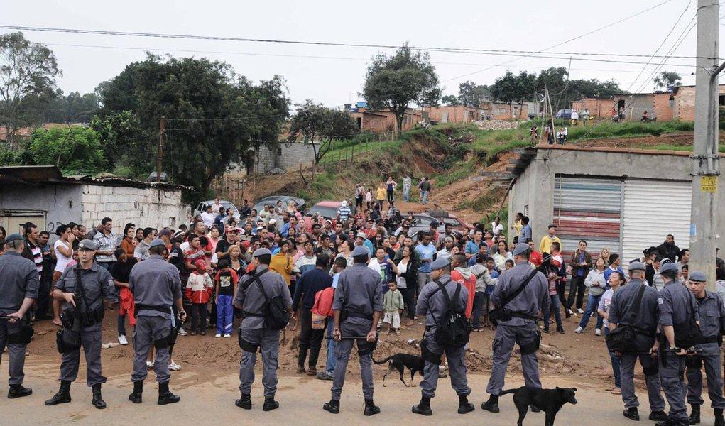 Após confronto, reintegração de posse é suspensa em São Paulo
