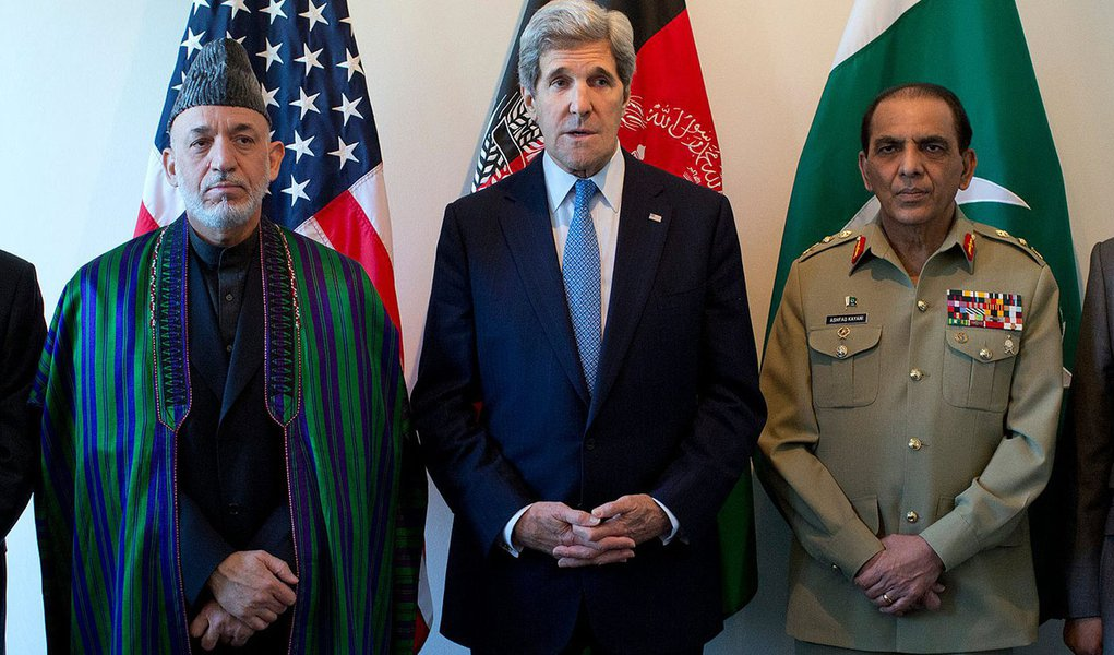 CIA enviou milhões ao governo afegão em malas, diz NYT