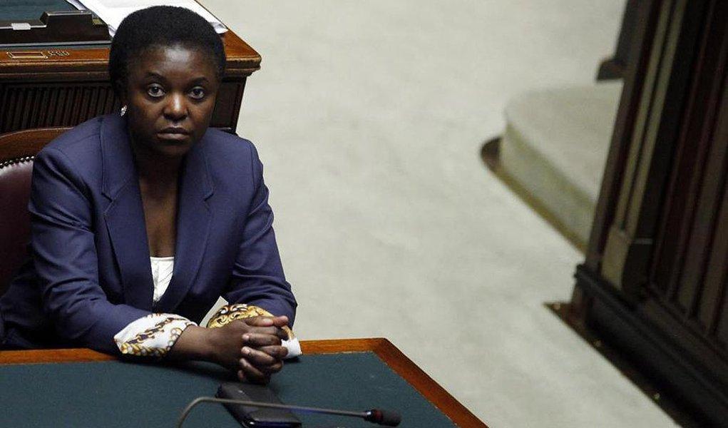 Primeira ministra negra da Itália é alvo de insultos