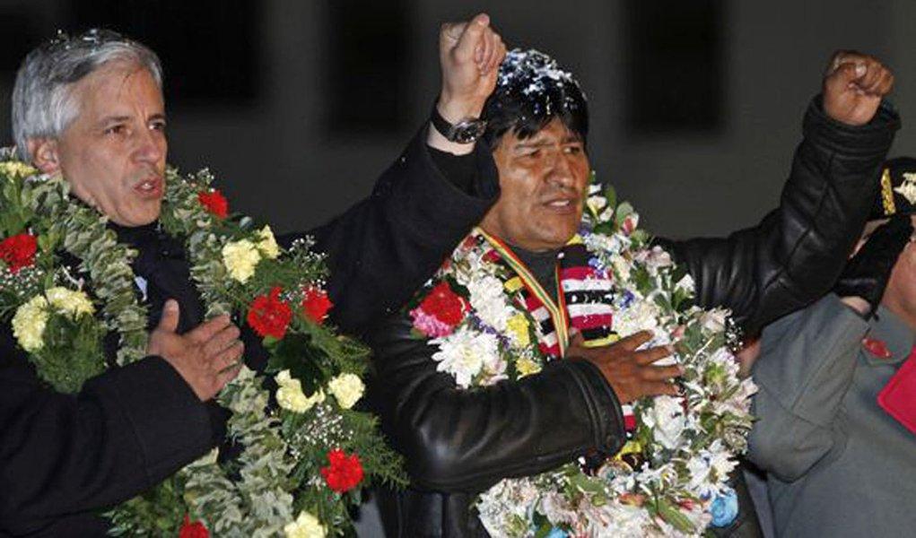 Alvaro Garcia Linera ao lado de Evo Morales
