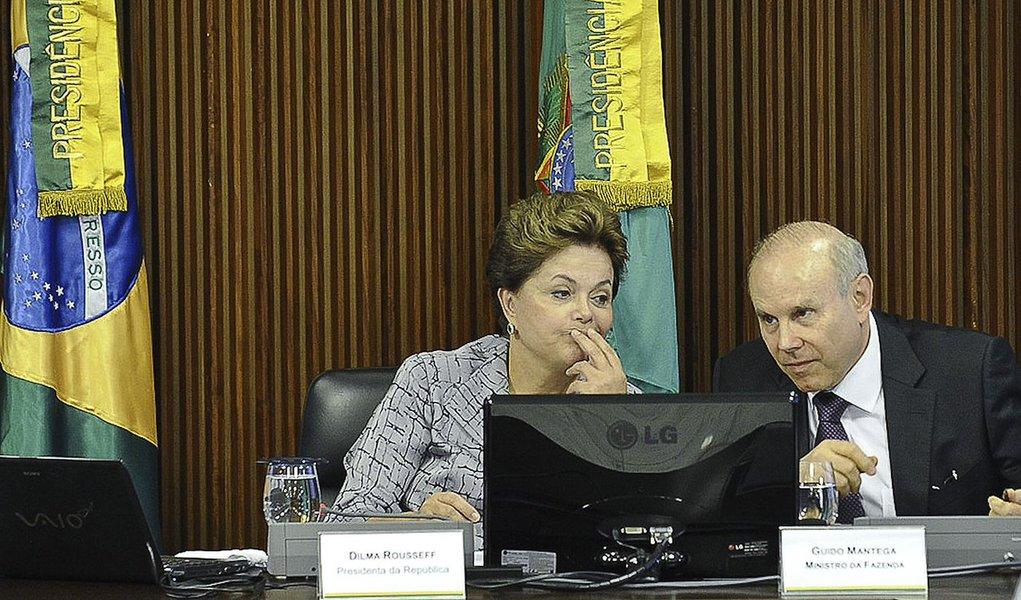 Preisdenta Dilma Rousseff, se reune com  empresários
